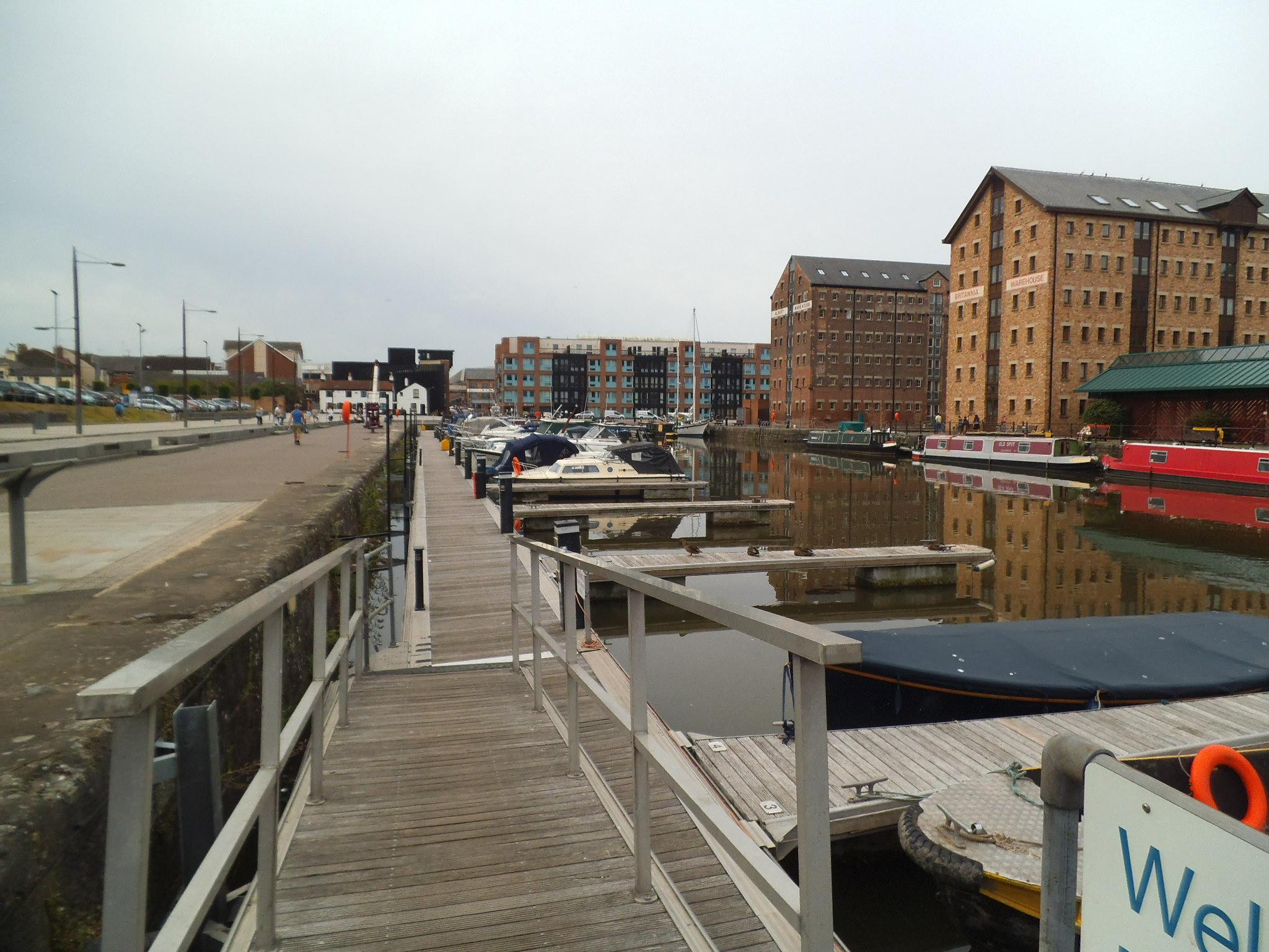 Gloucester Docks Southgate Moorings Car Park - About Dock ...